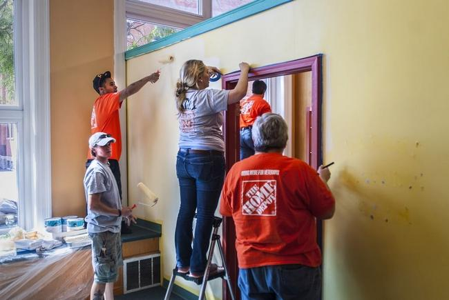 Sept 2015 painting Children's Museum with Home Depot